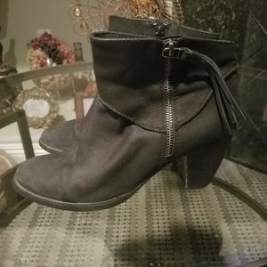 Steve Madden low boots